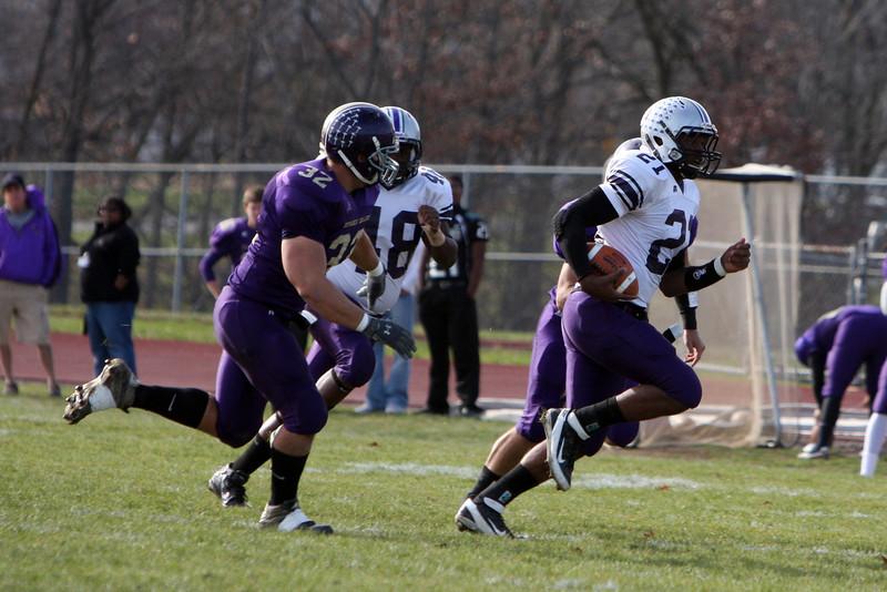 Bluffton Varsity Football vs Defiance 11/12/11